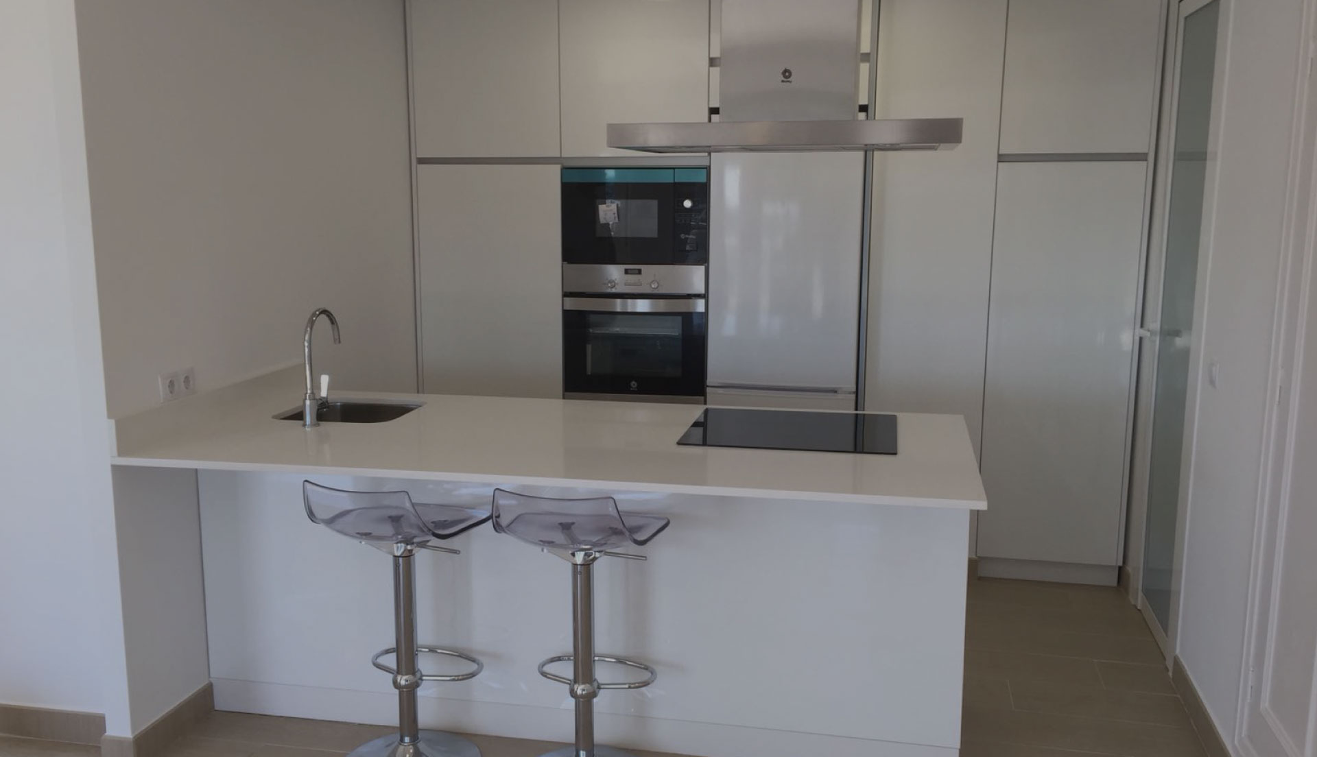 Reforma cocina sevilla 42 mq reformas sevilla for Cocinas sevilla
